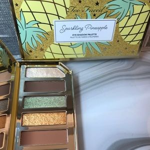 Too Faced Sparkling Pineapple Eye-shadow Palette